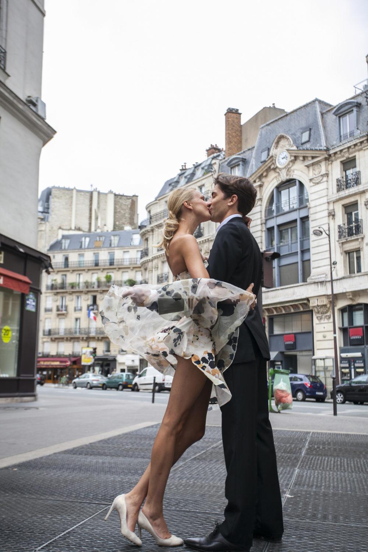 Photo elopement in paris rive gauche