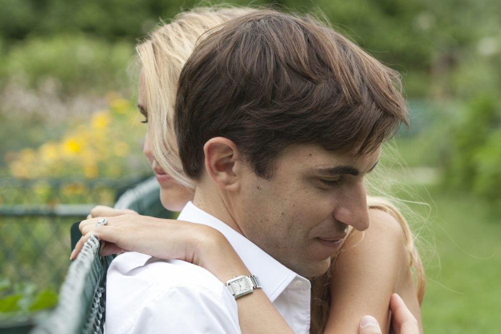 photo de couple au Jardin Catherine-Labouré