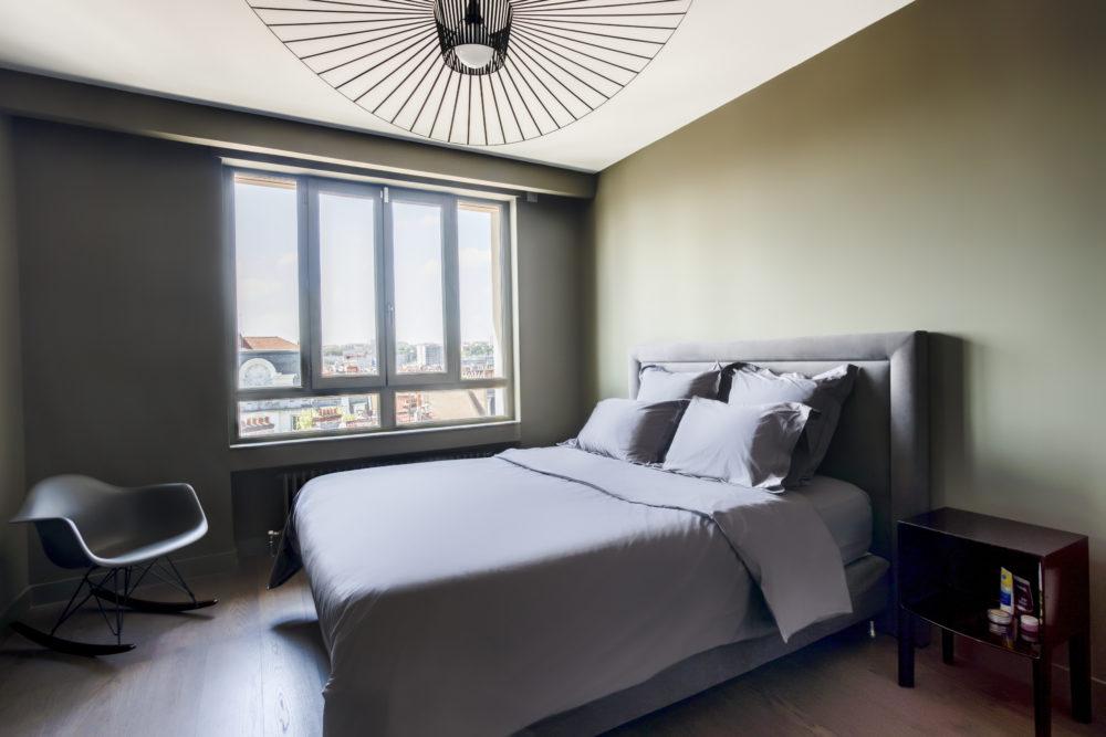 chambre d'amis avec vue sur les toits appartement lyon 6