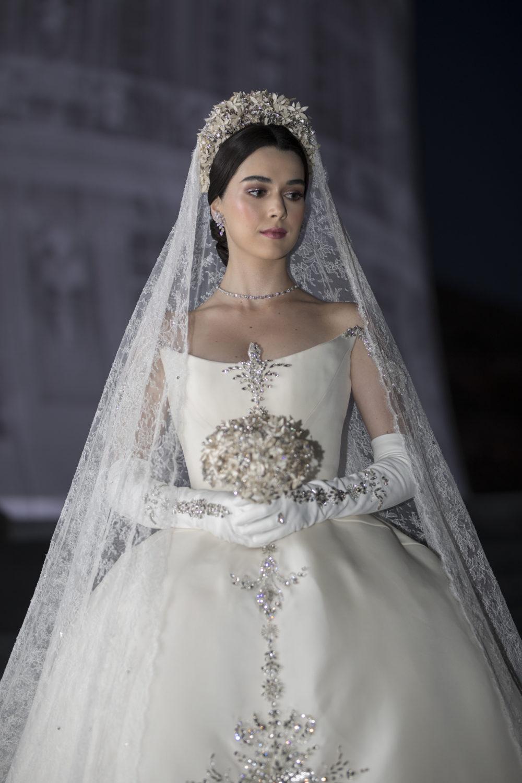 The bride before the venu