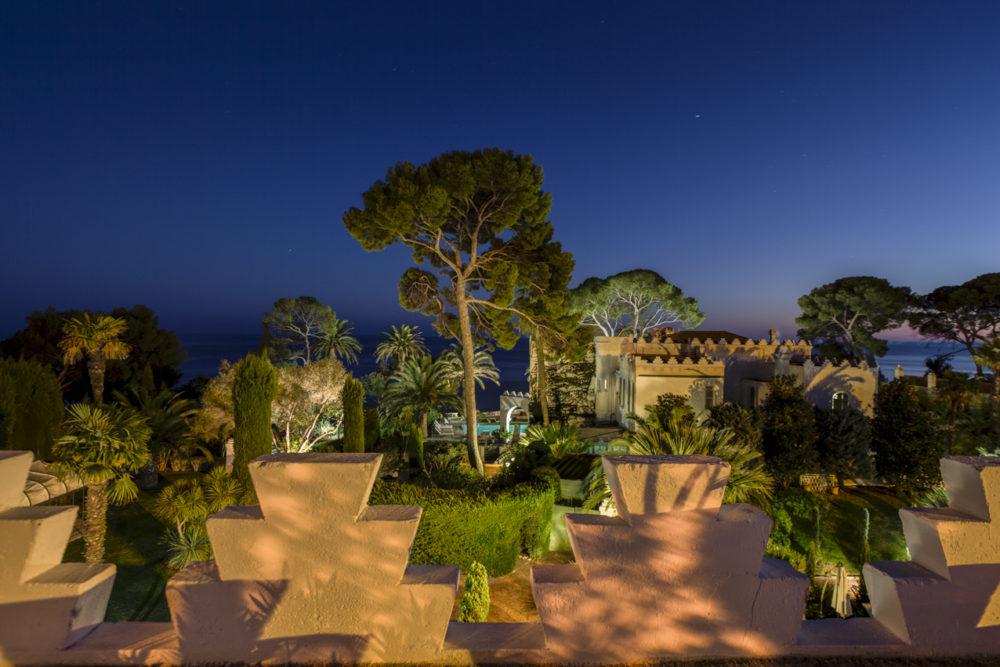 vue de nuit villa mauresque