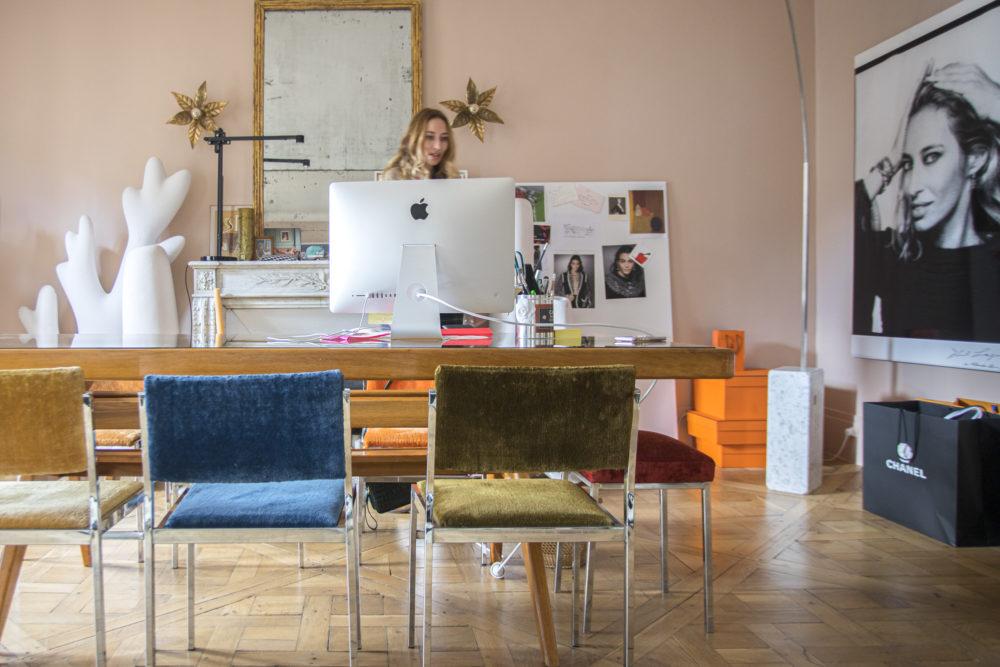 Alexandra Golovanoff à son bureau
