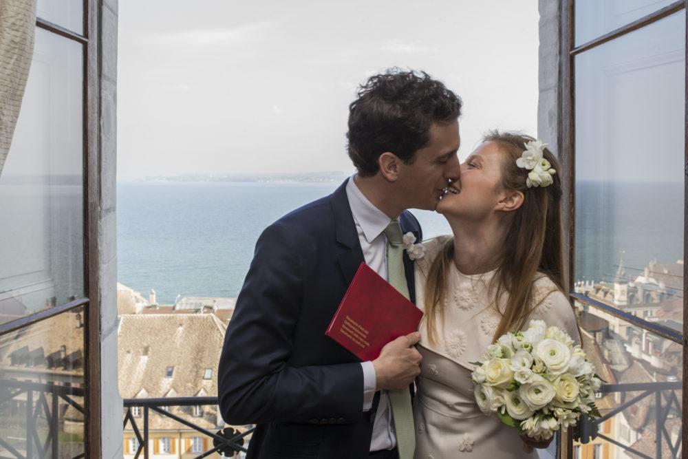 Les mariés au château de Nyon Suisse