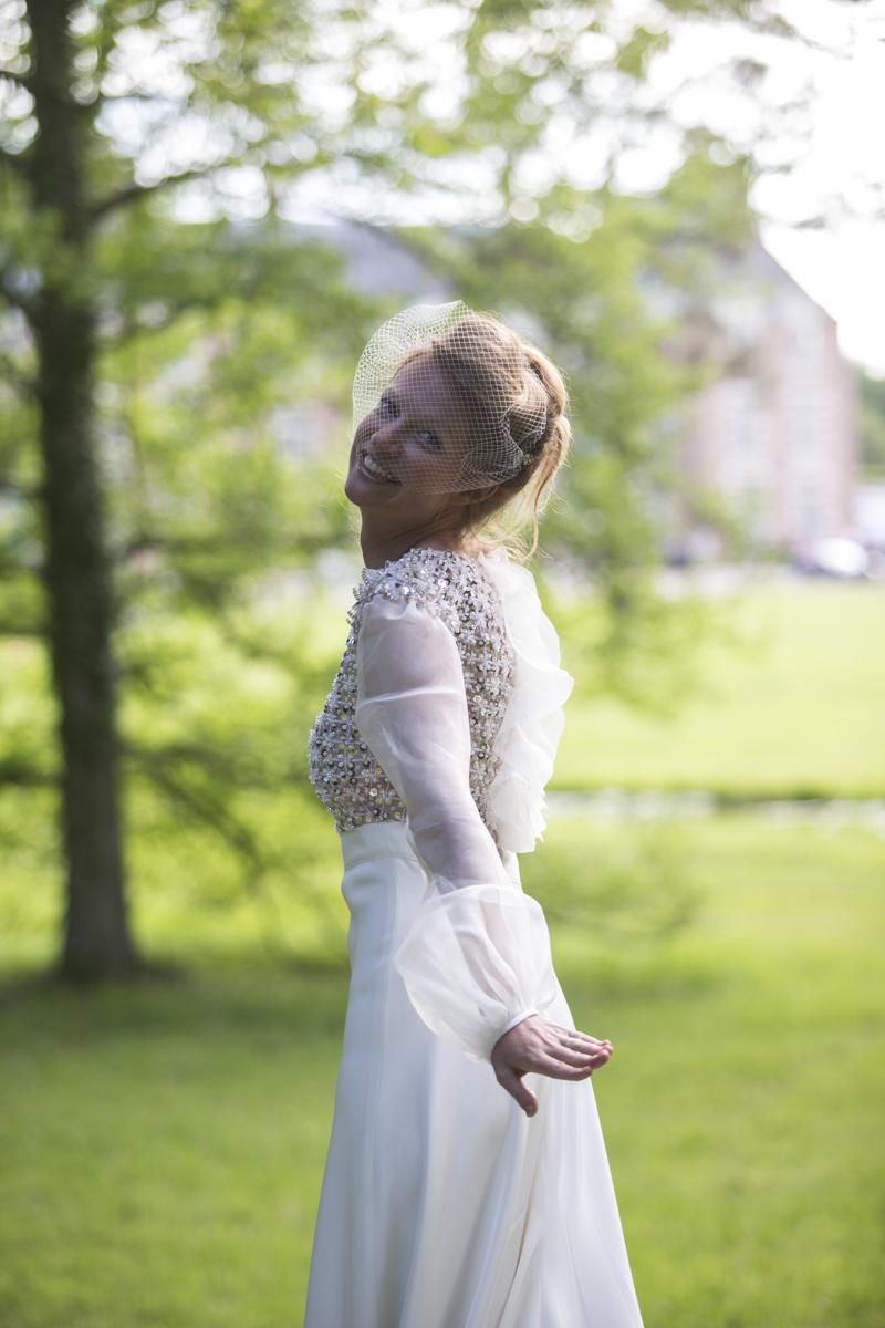 mariée en robe Valentino