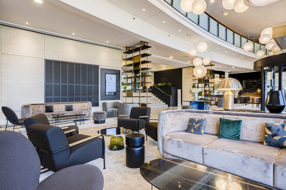 mobilier contemporain hotel marriot lyon
